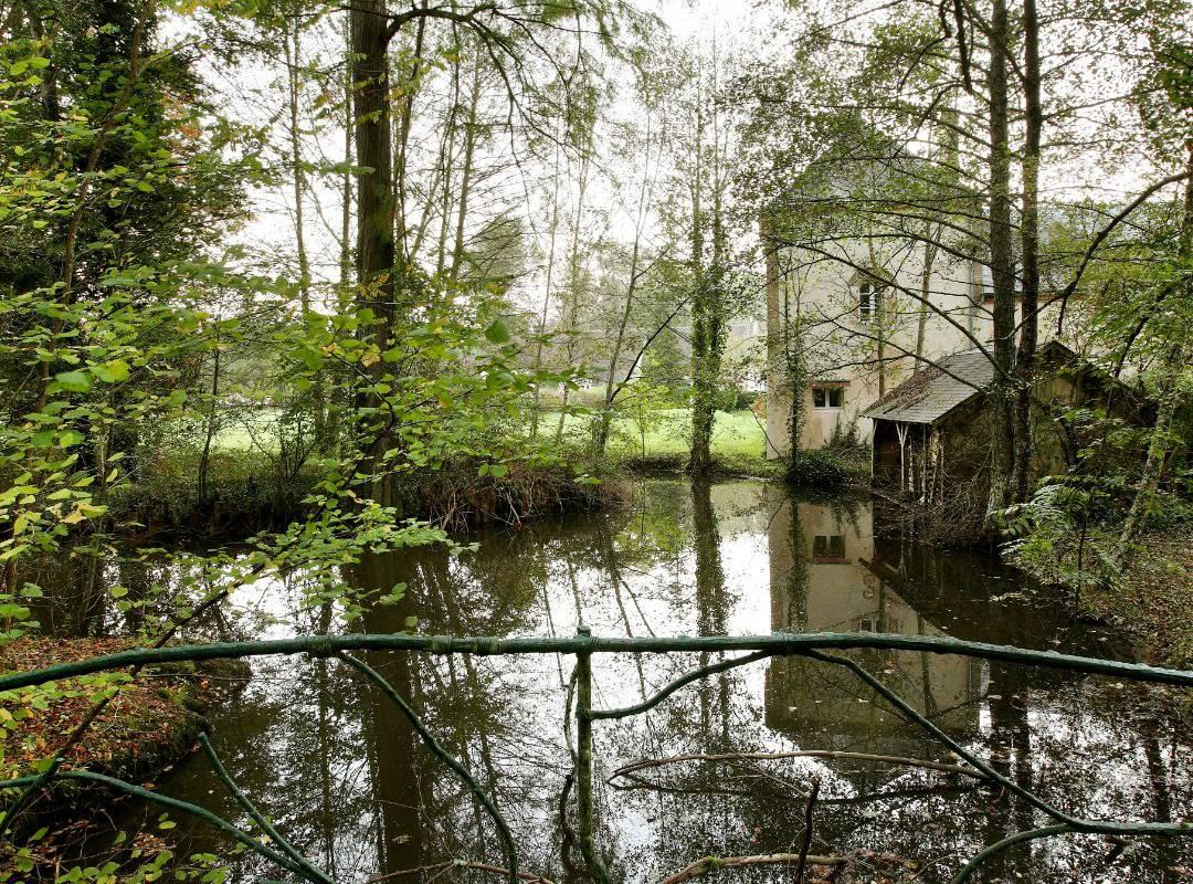 hotel river near Orléans