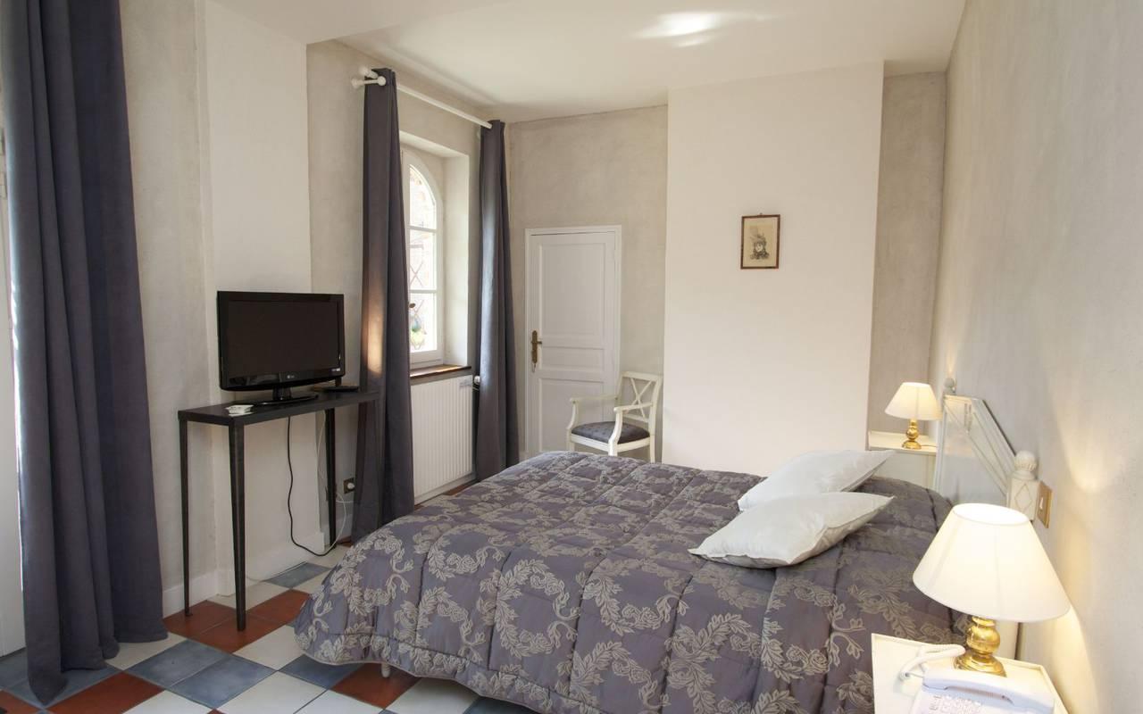Standard superior room hotel Orléans, Château les Muids