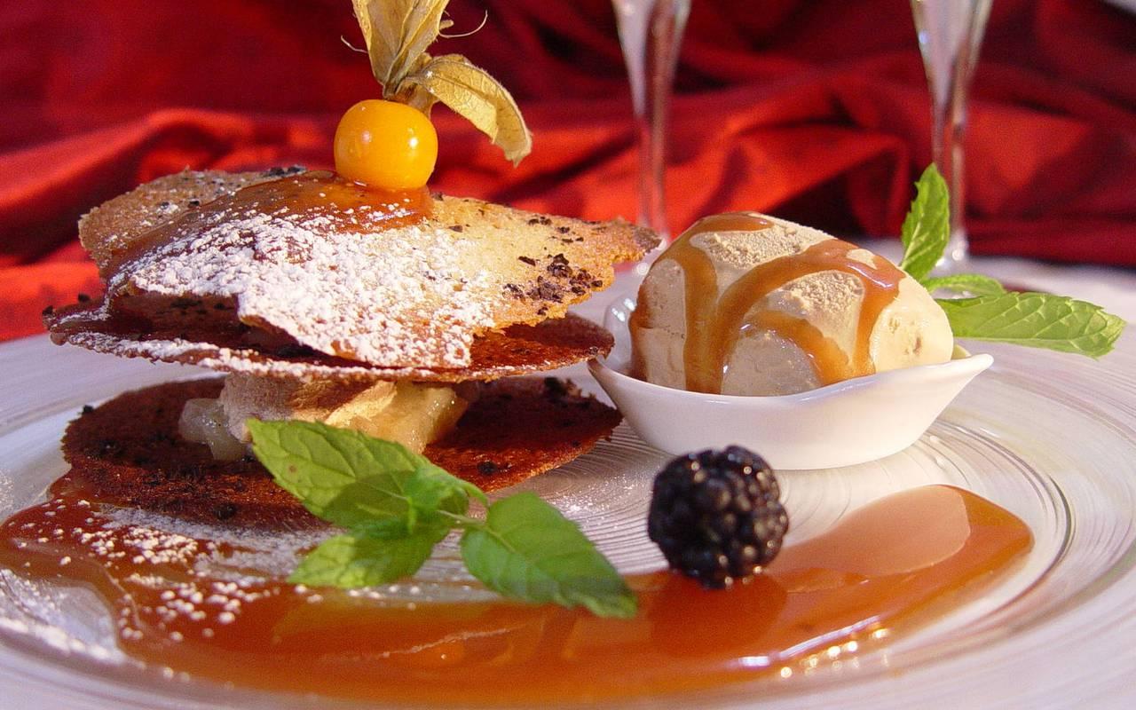 Plate in restaurant near Orléans France