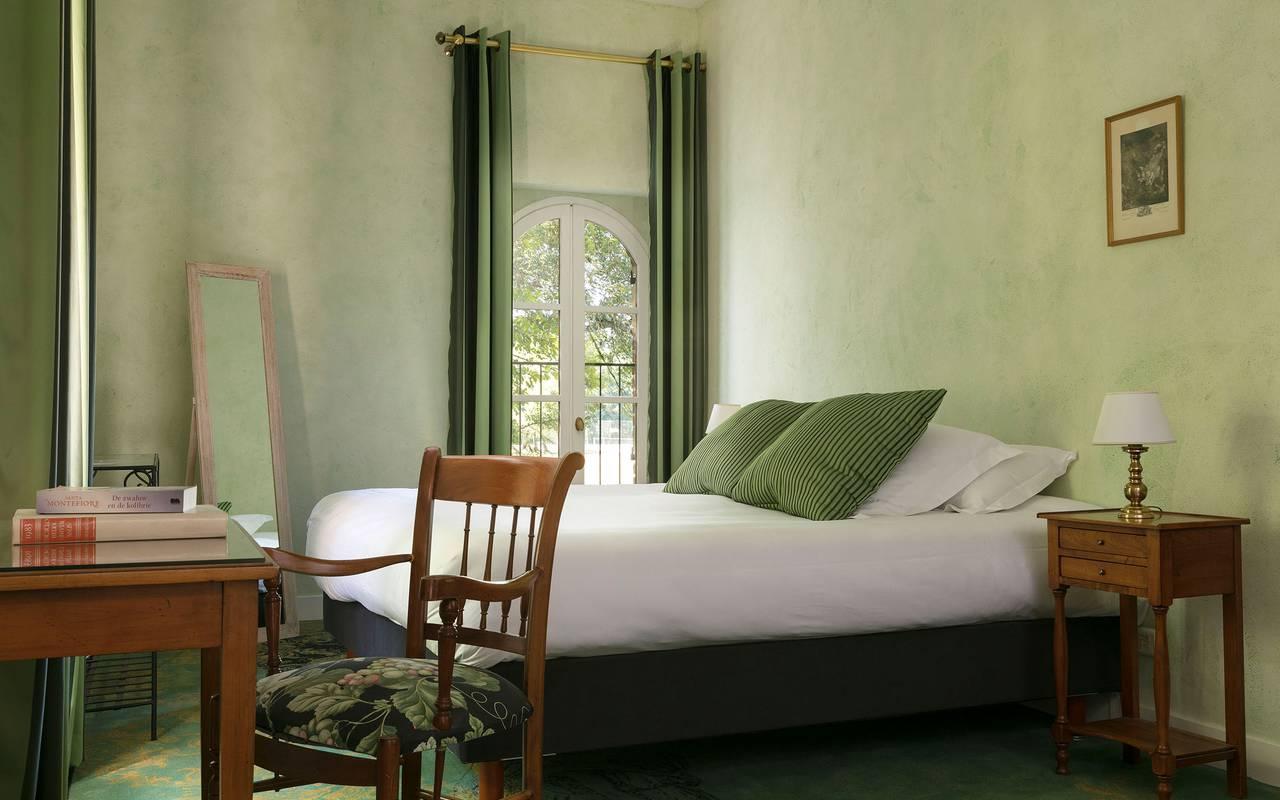 Chambre verte, hôtel Sologne, Château les Muids
